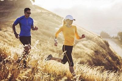 Pulsuhr Pulsuhren Test kaufen mit Brustgurt ohne Brustgurt Polar Garmin TomTom Pulsmesser GPS-Laufuhr-Sportuhr